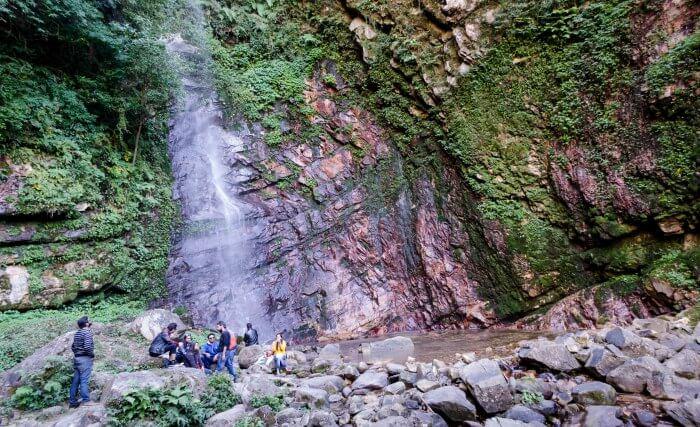 waterfall in tirthan