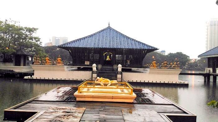 Buddhist Temple in Sri Lanka