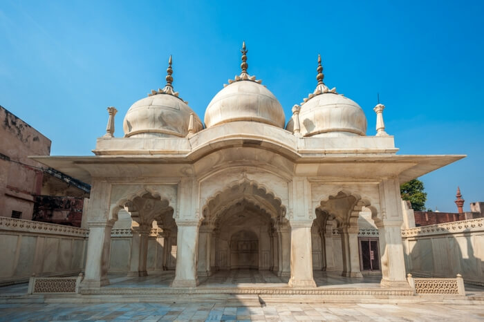 Nagina Masjid in the Agra Fort region showcasing beautiful white marble