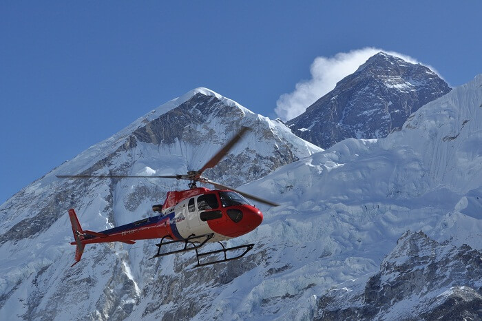 Helicopter flight over the everest