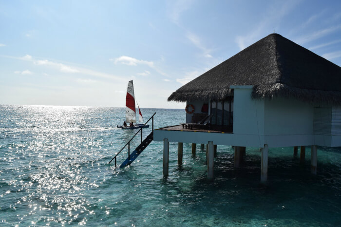 kishor & wife move to water bungalow in their resort in maldives