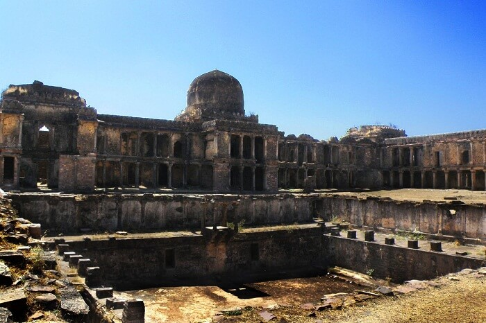 A snap of the ruins of the Raisen Fort that is one of the historical places to visit in Bhopal