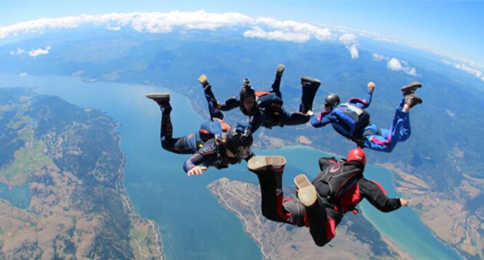 go skydiving in seychelles