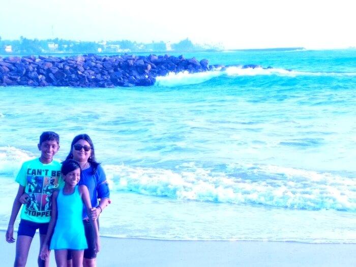 Family enjoying beach in Sri Lanka