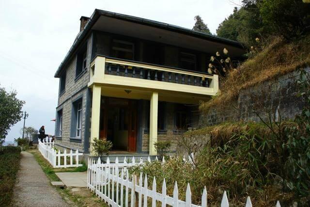 Rhododendron Dell Exotic Resort in Darjeeling