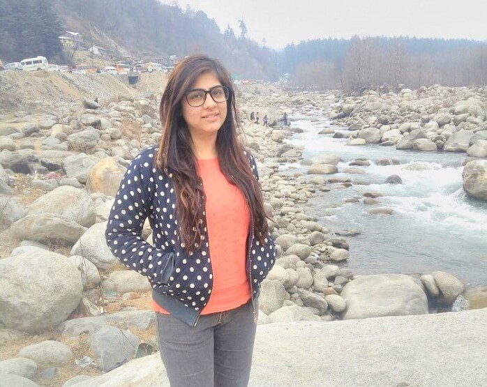 Girl tourist in Manali