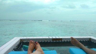 couple enjoying Maldives