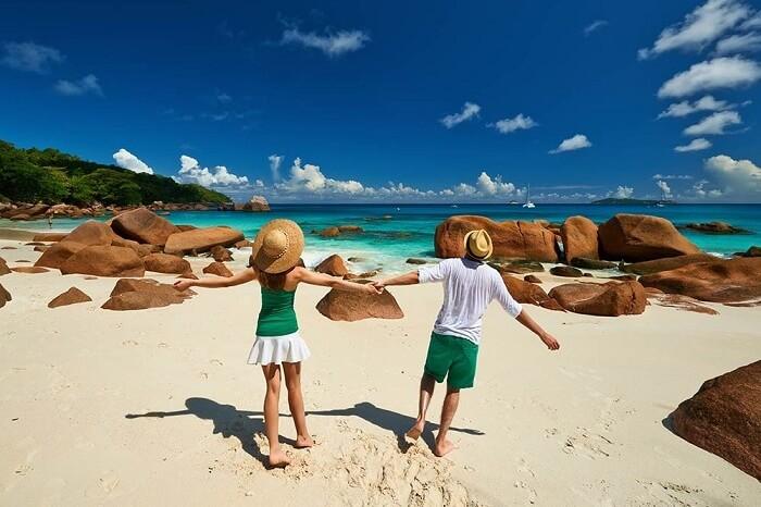 Happy honeymoon couple in Seychelles