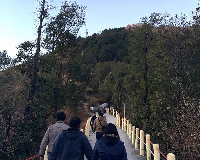Kanatal temple trek