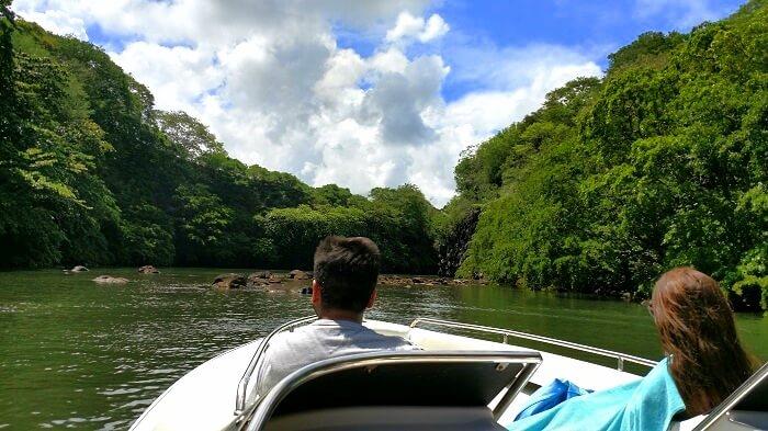 Boat ride to Ile aux Cerfs island
