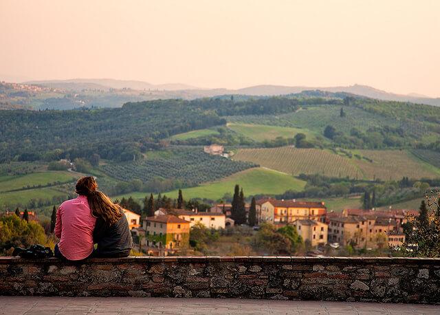 Honeymoon couple in Tuscany
