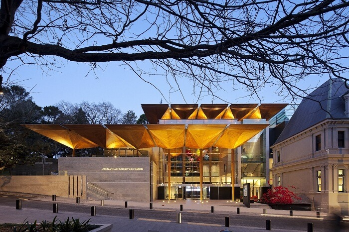 A snap of the entrance to the Auckland Art Gallery