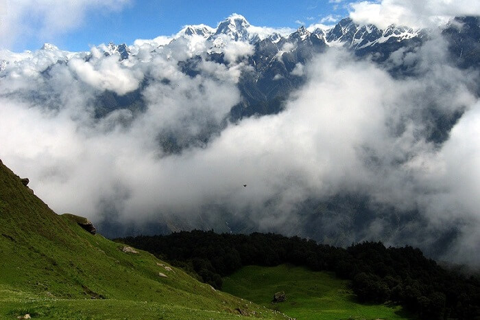 Snowclad mountains of Auli