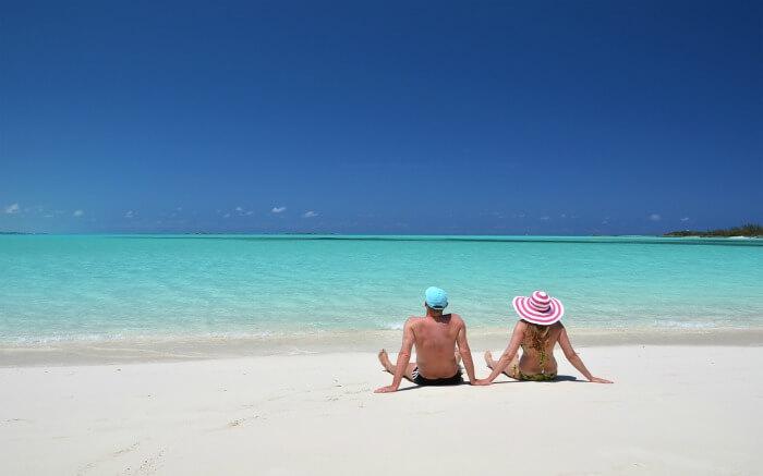 couple in Bahamas