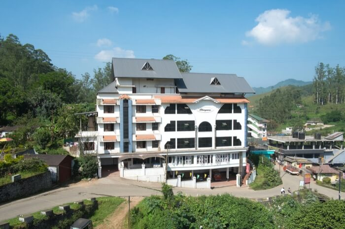 The spectacular view of Hotel Dhanyasree in Munnar