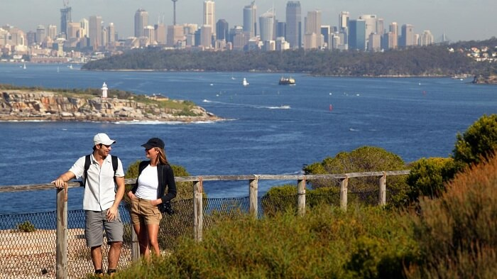 Hiking on the Coast Track, Sydney