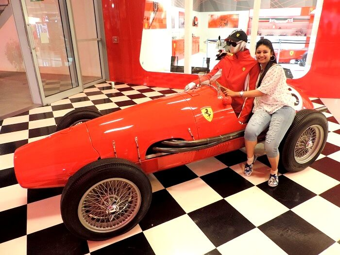 Traveler in Ferrari world