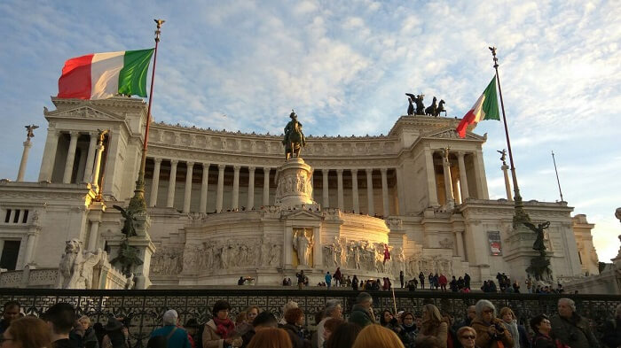 monuments in Rome reflecting its history