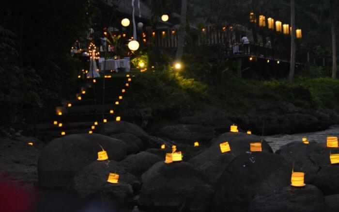 Hundred candles dinner in Samaya