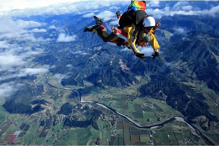 A skydiver going for tandem skydiving in Abel Tasman