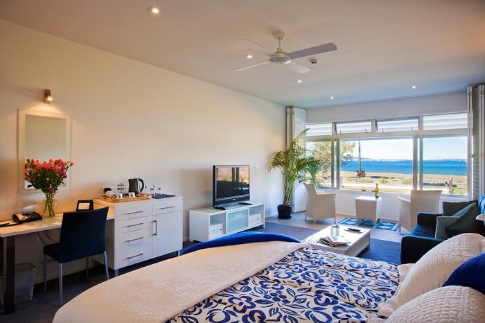 Beachside places to stay in Auckland
