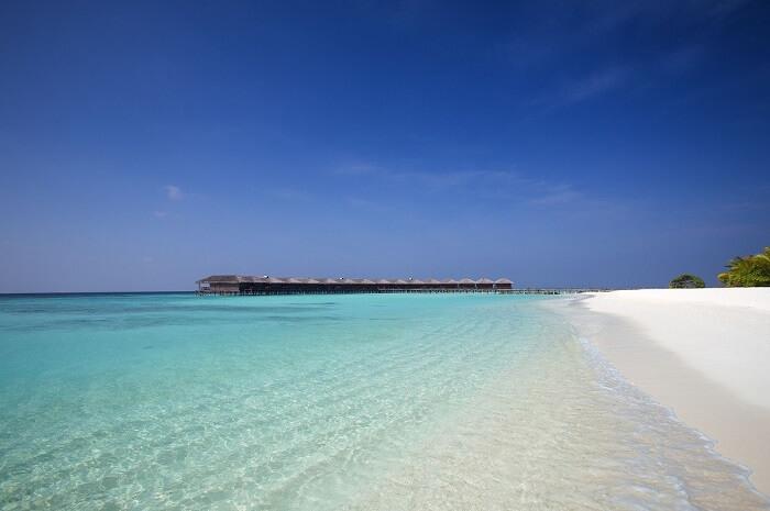 beautiful island in maldives
