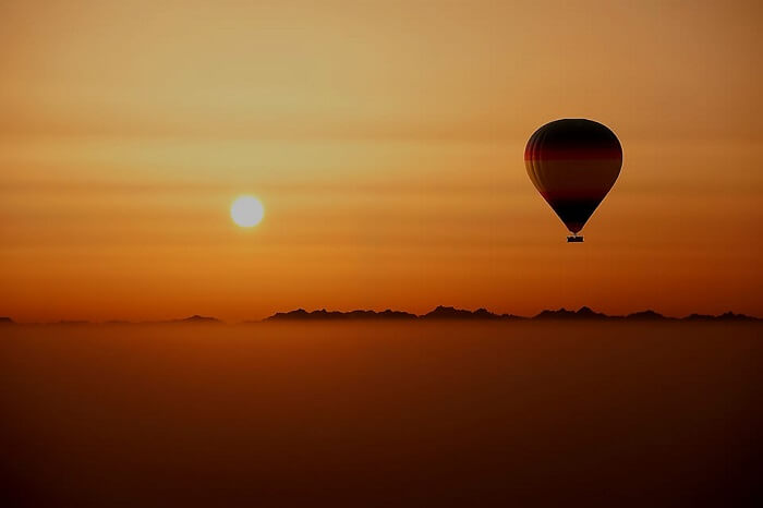 Hot Air Ballooning on honeymoon in Dubai