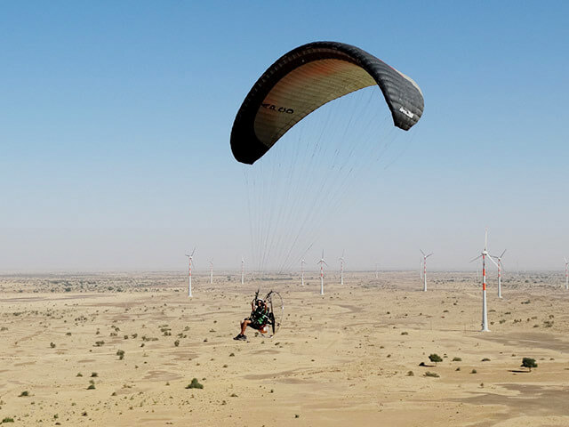 Paramotoring in Jaisalmer, India