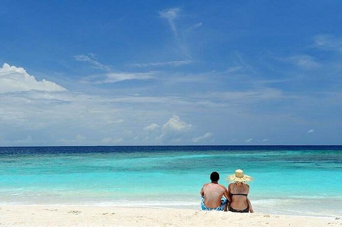 topical beach maldives
