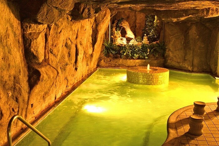 natural hotsprings spa la