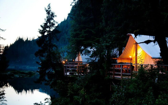 An evening in Clayoquot Wilderness Resort