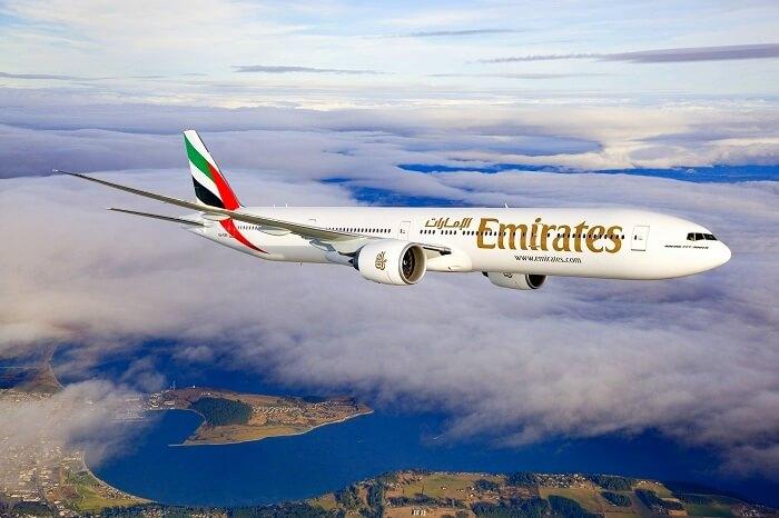 Flight from Delhi to Dubai