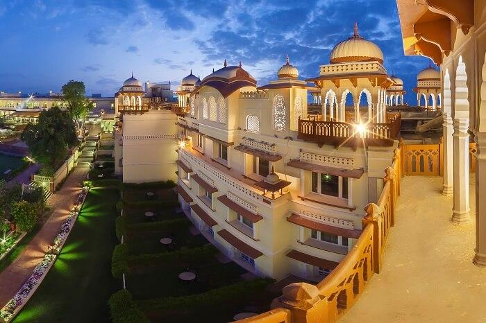 Facade of Jai Mahal in Jaipur