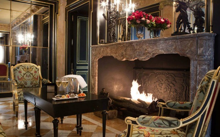 Fireplace in La Reserve