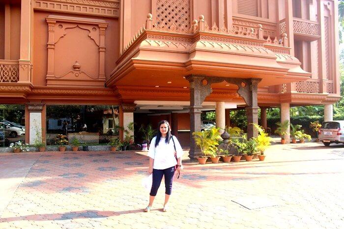 Tourist sightseeing in Kerala