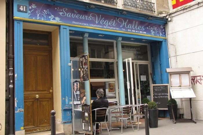 The vegan and vegetarian restaurant of Saveurs Végé Halles near Eiffel Tower in Paris