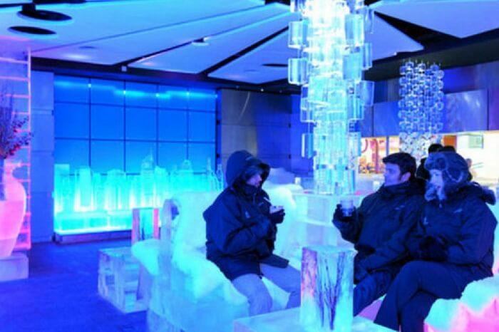Travelers at Chillout Bar in Dubai at night