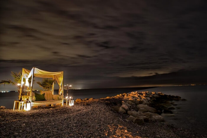 A romantic setup in Plaka in Greece
