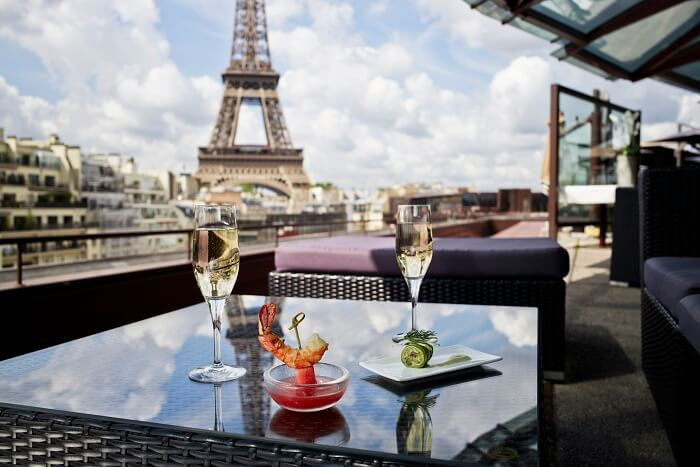 10 restaurants near eiffel tower in paris for Hotels around eiffel tower