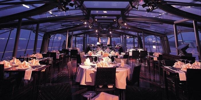 Bateux Cruise in Dubai creek