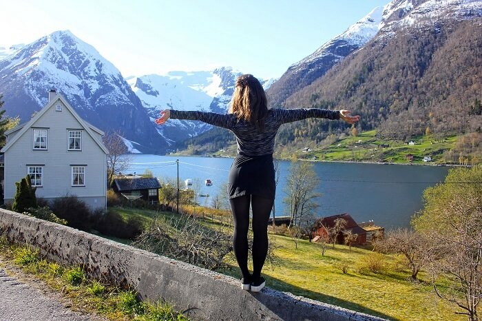 solo female traveler in Norway