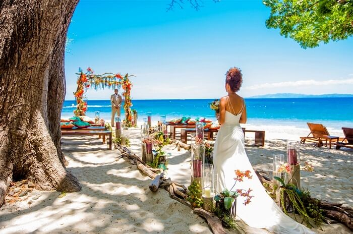 Wedding couple in Costa Rica