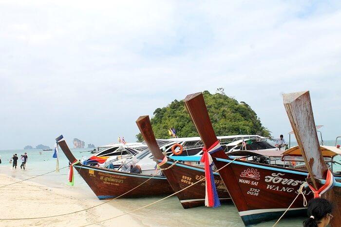 Koh Mor Island in Krabi