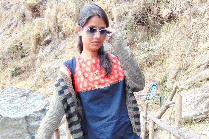 posing in Kullu