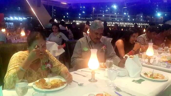 chaophraya dinner cruise