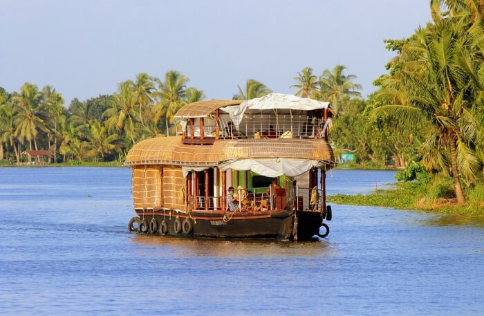 Houseboat Wedding View