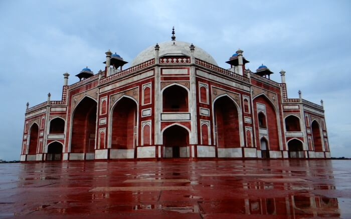 Humayun's Tomb after rainSS13042017