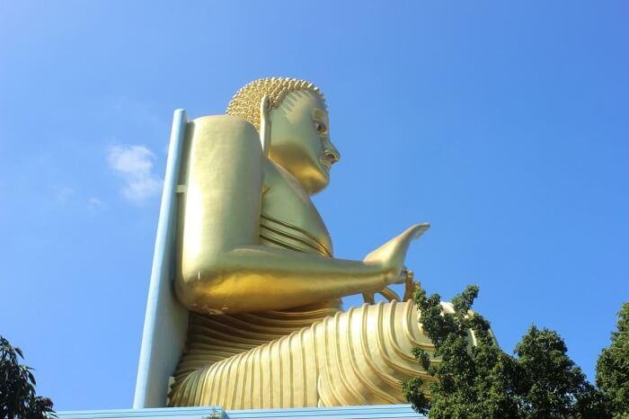 photography of temple sri lanka