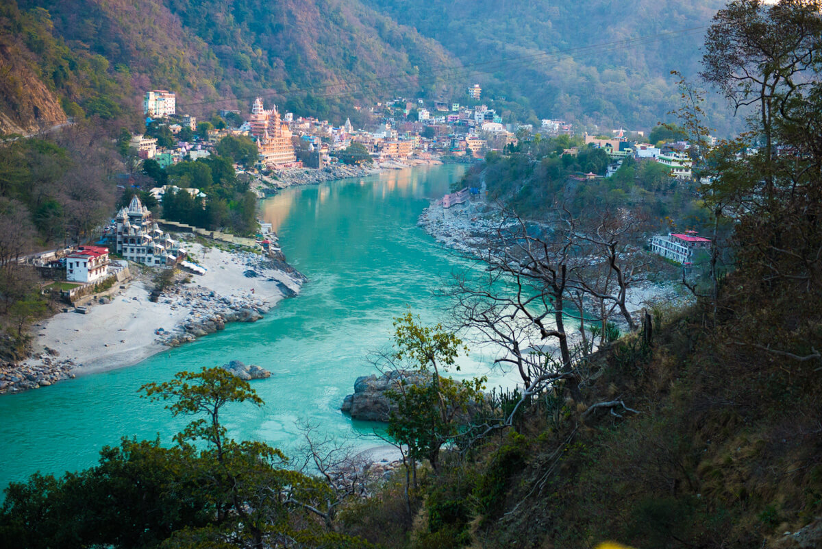 Temples by River Ganges in Rishikesh