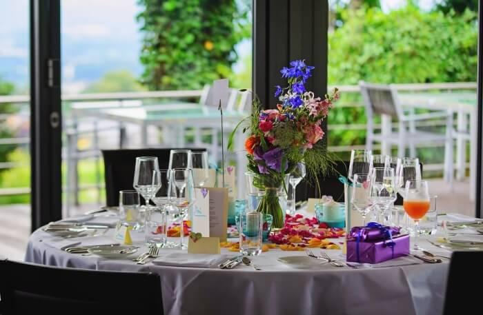 Mangalam Banquets Dining table
